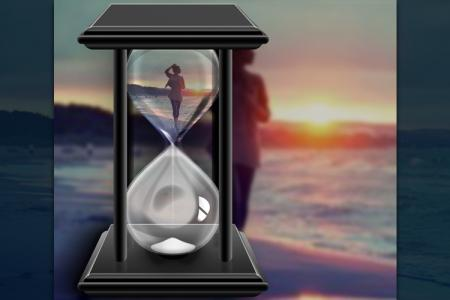 Photo Collage in hourglass